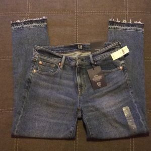 NWT Gap Girlfriend Jeans